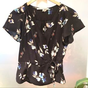 Collective Concepts - flattering floral wrap shirt